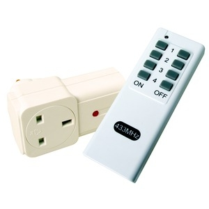 Remote controlled mains socket